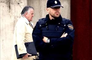 El tribunal de la 'Gürtel' cita a los exaltos cargos del PP para junio