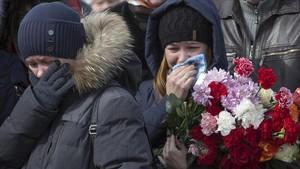 Rússia enterra les víctimes del tràgic incendi de Sibèria