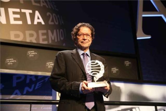 El mexicano Jorge Zepeda, el ganador del Premio Planeta 2014.