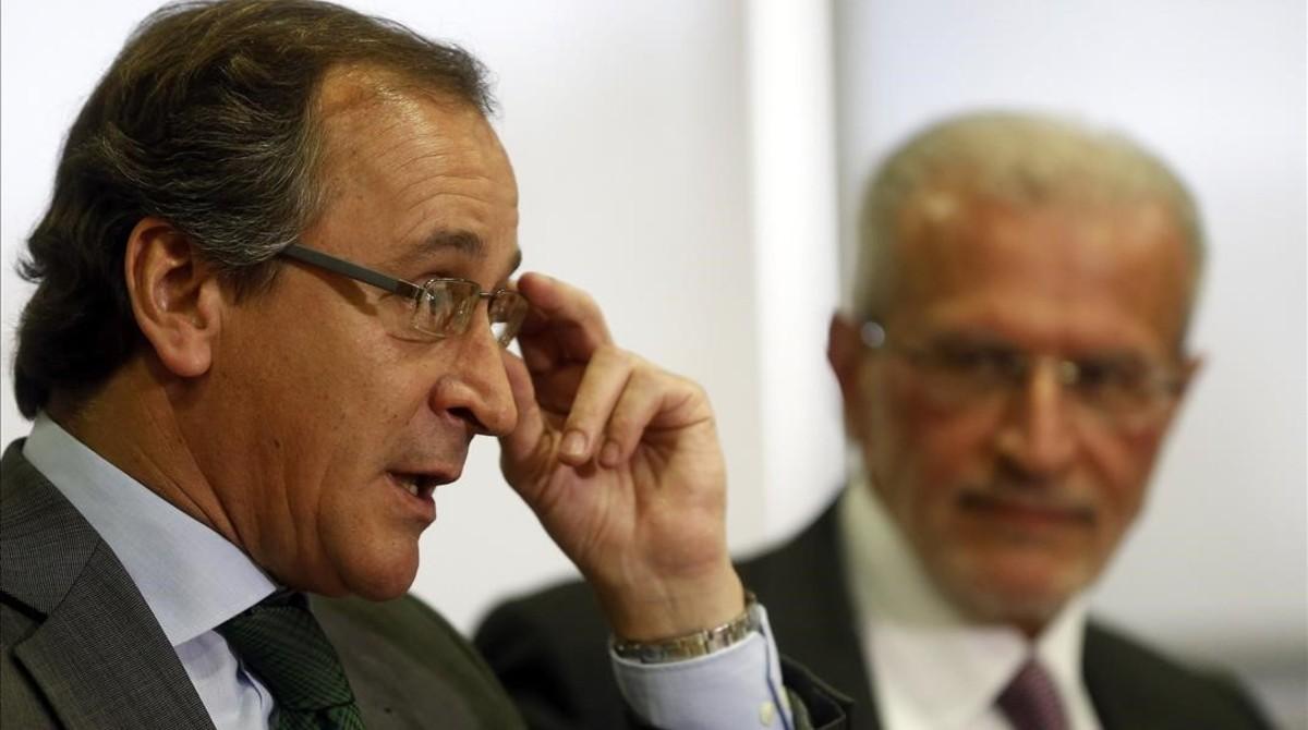 El ministro de Sanidad en funciones, Alfonso Alonso, este martes en Valencia.