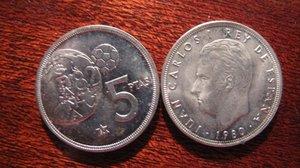 Monedas de peseta con la efigie del rey Juan Carlos I.