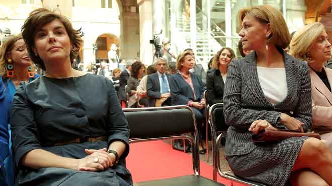 Las dos mujeres con más peso del PP convierten su rivalidad en una guerra abierta por el liderazgo del Partido.