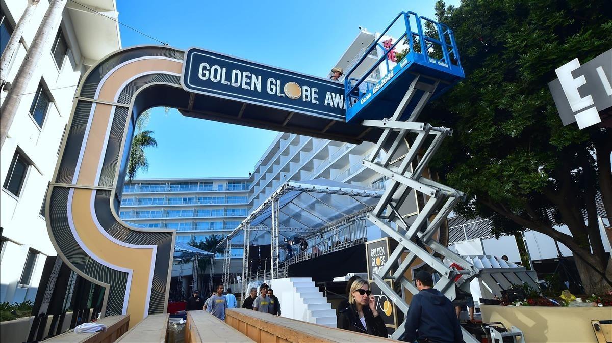 Preparativos en el Beverly Hilton Hotel de la gala de los Globos de Oro.