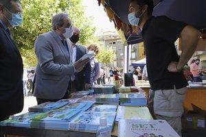 El 'president' de la Generalitat, Quim Torra, este 20 de septiembre en la feria-mercado del libro infantil de Balaguer (Lleida).