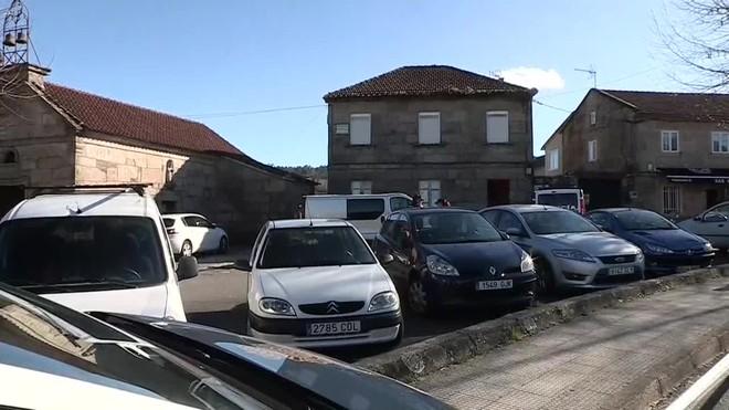 La Policía Nacional está registrando una vivienda en Pontevedra en relación con el caso de Sonia Iglesias.