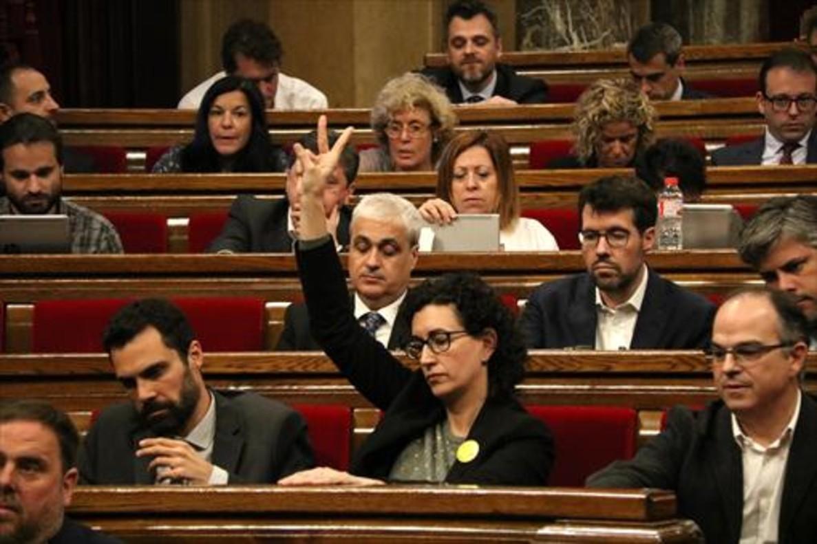 Marta Rovira, en un pleno del Parlament.