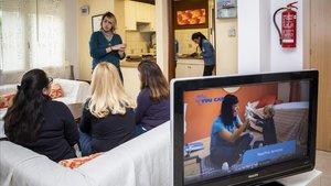 """La casa que """"entrena"""" els autistes per afrontar la vida quotidiana"""