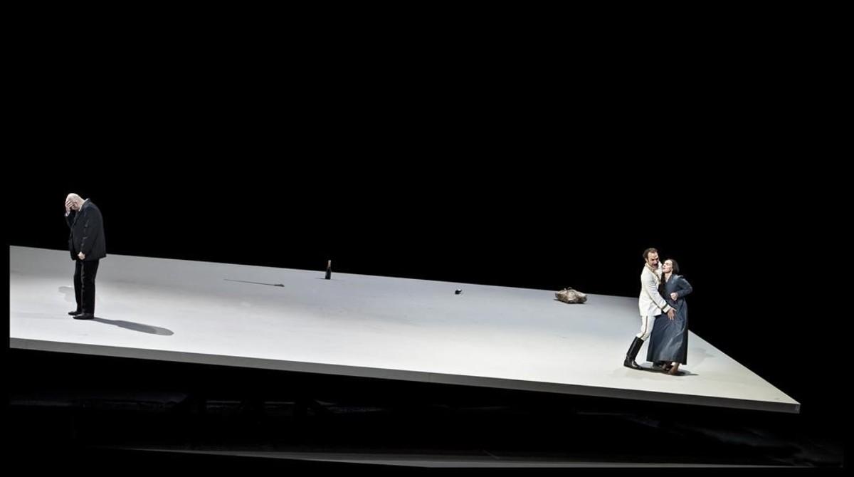 Lundgren (Simone), Schukoff (Guido Bardi)y Stundyte (Bianca), en Eine Florentinische Tragödie, de Zemlinsky, en la Ópera Nacional holandesa.