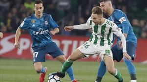 El Madrid reacciona per golejar el Betis al Villamarín (3-5)