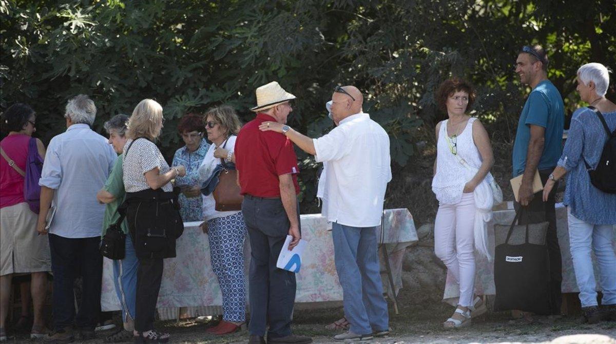 El festival de les pseudoteràpies sembra dubtes davant la quimioteràpia