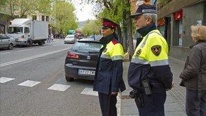 Patrulla conjunta de Guardia Urbana y Mossos en Barcelona.