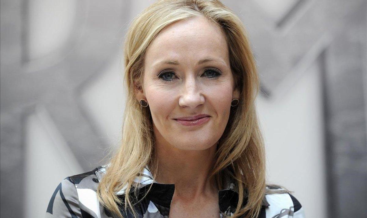 J.K. Rowling dona 17 milions per a la investigació de l'esclerosi múltiple