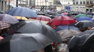Govern i oposició s'enfronten per veure qui apuja més la renda dels jubilats