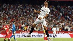El Sevilla bufeteja el Madrid (3-0)