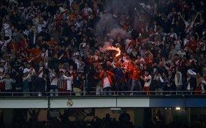 Las gradas del Bernabéu durante la final de la Libertadores, organizada por la Conmebol y la FIFA.