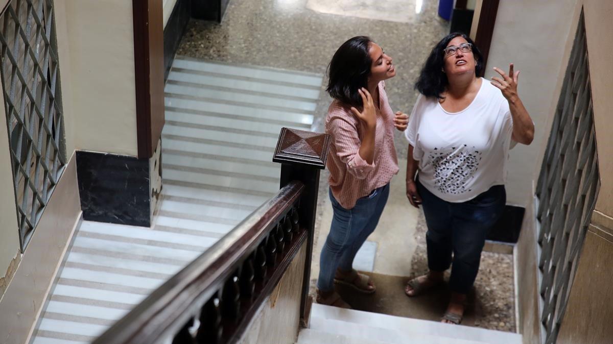 Barcelona frena amb mediació els conflictes en pisos turístics