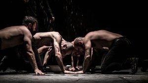 Un momento de 'Macbettu', obra representada en el festival Temporada Alta de Gironaeste fin de semana.