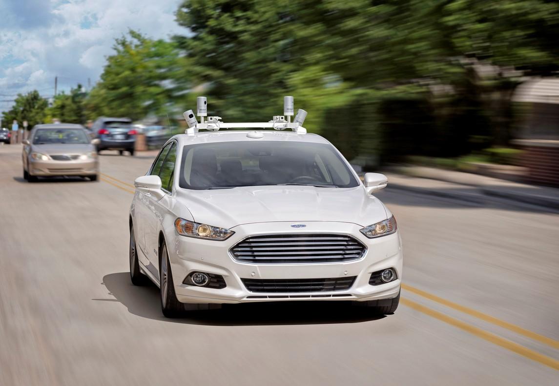 Ford lanzará su primer coche autónomo sin pedales ni volante en 2021