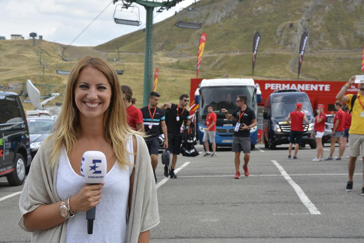 Laura Meseguer, periodista especializada en ciclismo del canal Eurosport.