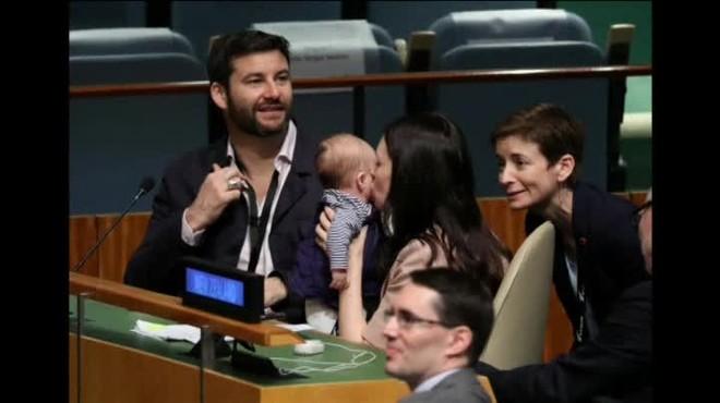 La primera ministra de Nueva Zelanda hace historia con su hija de tres meses en la ONU