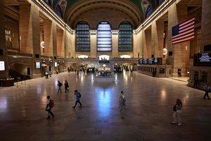 Nova York imposa una quarantena a visitants d'altres estats dels EUA