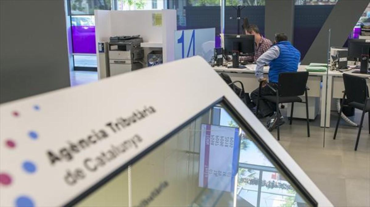 La hacienda catalana convoca un centenar de nuevas plazas - Oficinas de la agencia tributaria ...