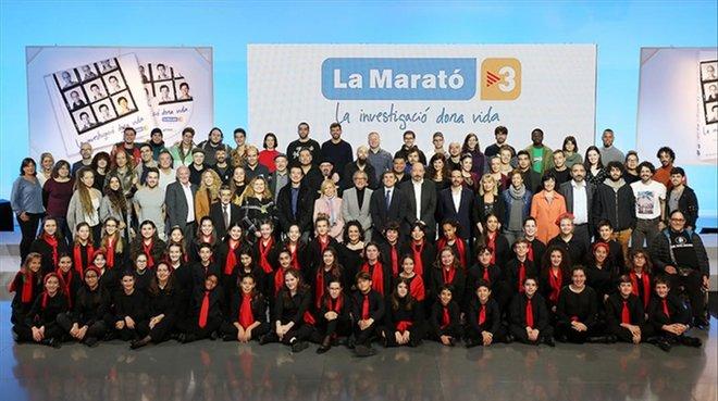 Algunas de las personas que han colaborado en el disco y el libro de La Marató de TV-3.