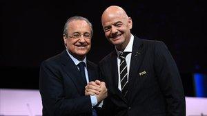 Gianni Infantino y Florentino Pérez, celebrando juntos la reelección del primero.