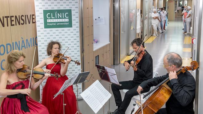 Un concert a l'Hospital Clínic, símbol d'esperança