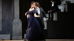 La soprano Myrtò Papatanisiu (izquierda) yla mezzosoprano Stéphanie d'Oustrac, en'La clemenza di Tito', en el Liceu.