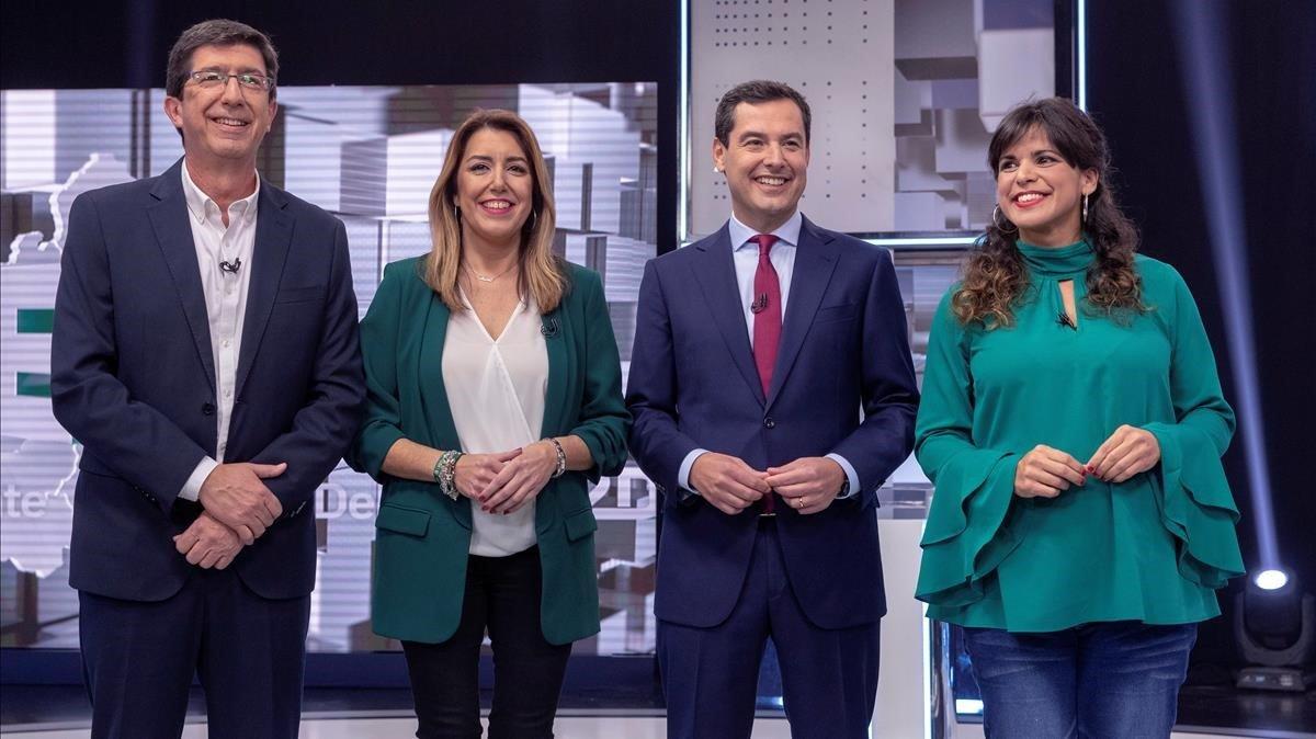De izquierda a derecha, los candidatos a la presidencia de la Junta de Andalucía Juan Marín (Cs), Susana Díaz (PSOE), Juan Manuel Moreno (PP) y Teresa Rodríguez (Adelante Andalucía), en el debate de campaña de este lunes, en Canal Sur.