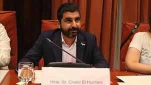 El conseller de Treball, Chakir El Homrani, durante una comparecencia en el Parlament de Catalunya.