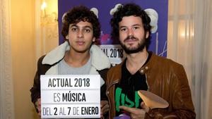 Antón Carreño y Willy Bárcenas, componentes del grupo musical madrileño Taburete.