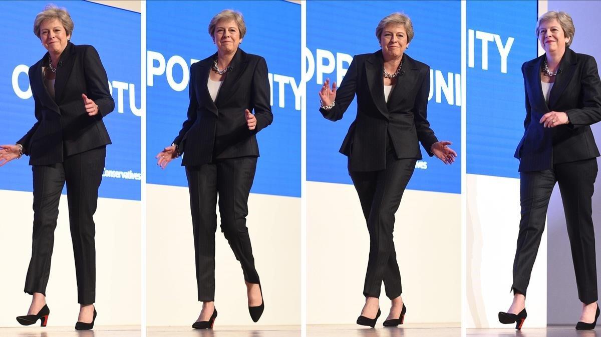 May entra al congreso de su partido bailando al ritmo de ABBA