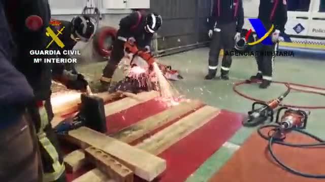 Hallazgo de cocaína de gran pureza en el interior de máquinas importadas en el puerto de Barcelona.