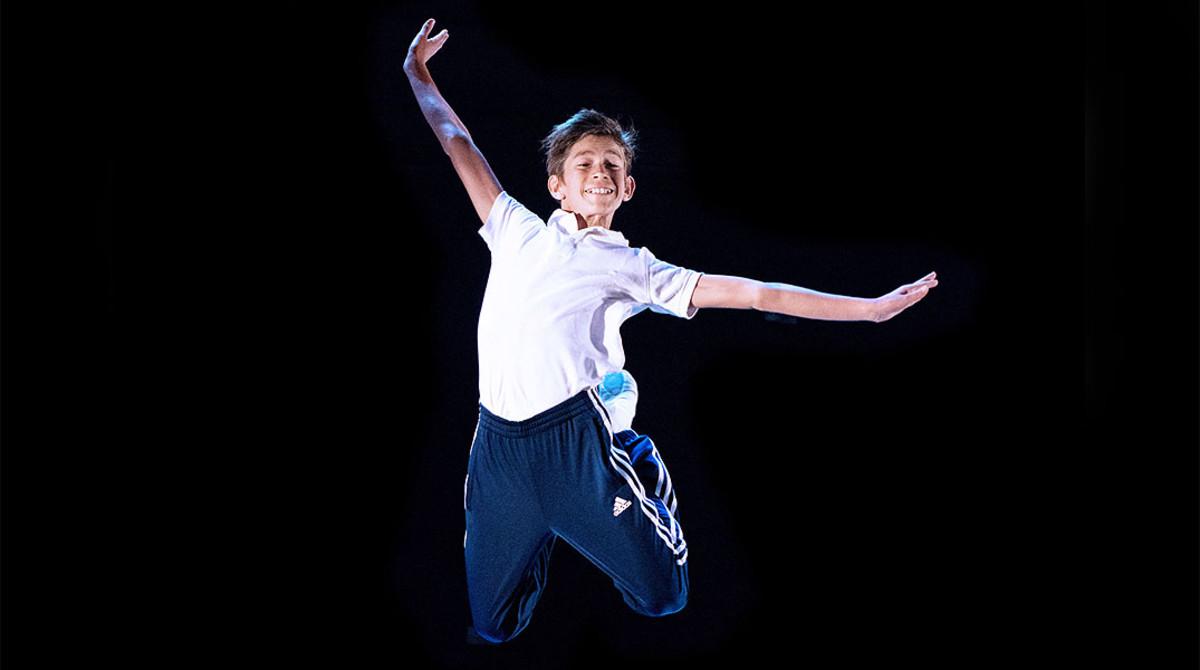 Pau Gimeno, en una imagen promocional del musical Billy Elliot.