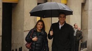 Pedro Sánchez y la diputada Susana Sumelzo, el pasado 11 de febrero en Madrid.