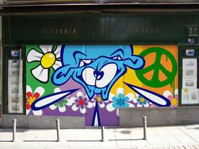 '¡Pinta Malasaña!' Un centenar de artistas urbanos convierten el barrio en una galería
