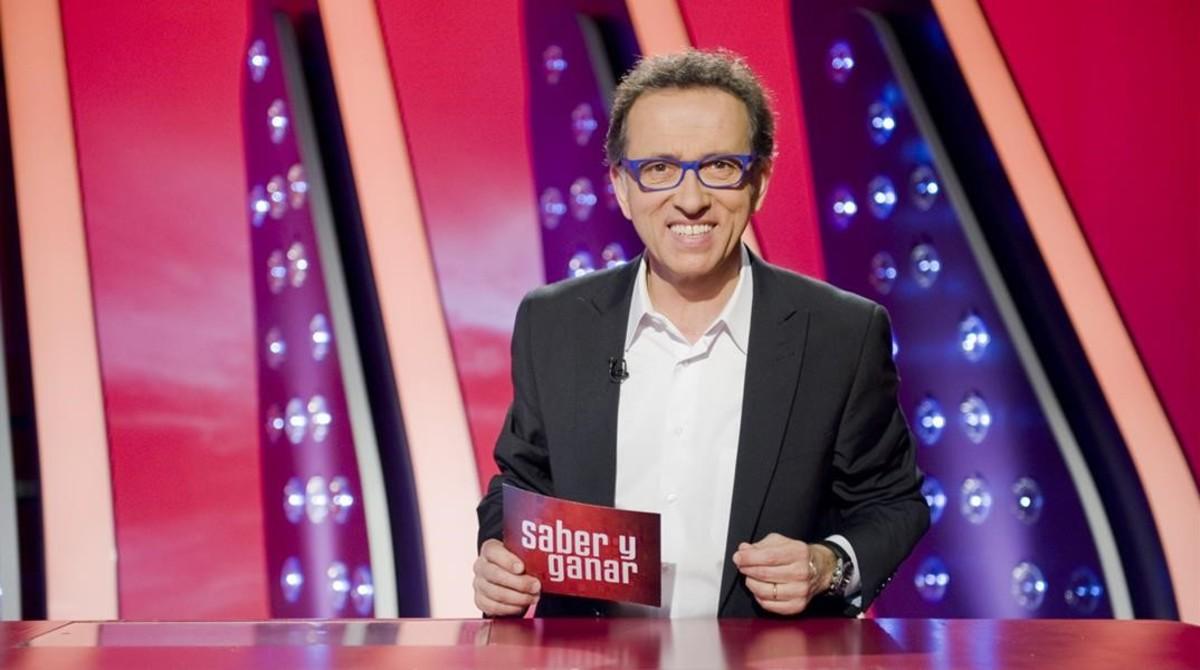 Jordi Hurtado, presentador del concurso cultural de La 2 Saber y ganar.
