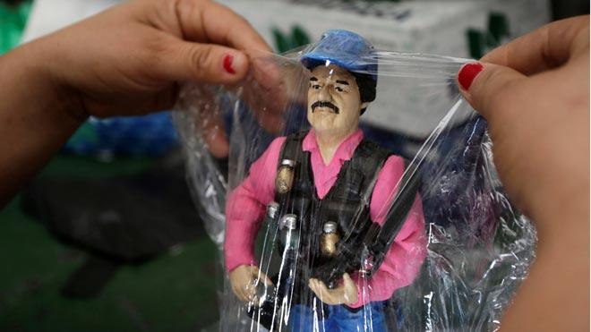 Sinaloa vende figuras de acción de El Chapo Guzmán.