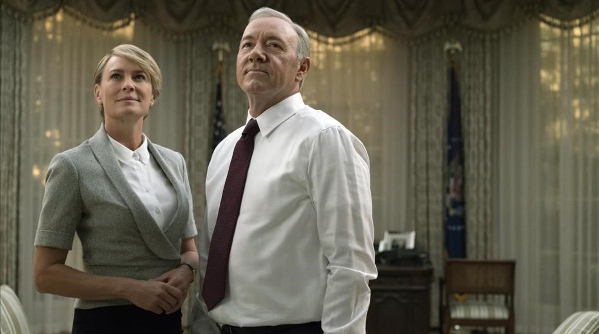 Robin Wright y Kevin Spacey, la pareja protagonista de la serie estadounidense House of cards.