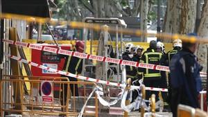 Madrid sigue buscando a los dos desaparecidos en el derrumbe de Chamberí