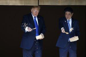 Trump y Abe en la visita oficial del presidente norteamericano a Japón.