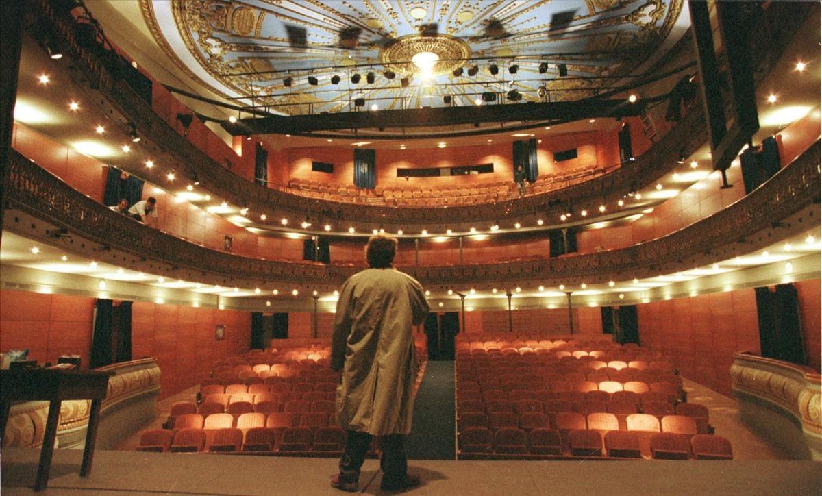 Vista de la platea del Teatre Romea.