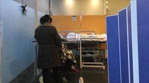 Dos pacientes en un hospital.
