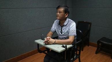 Detenido un escritor que noveló sus crímenes