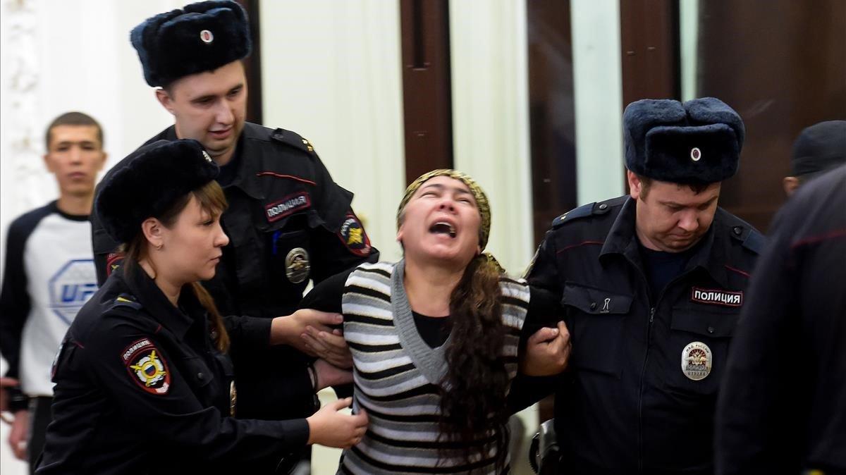 Llargues penes de presó per als acusats d'atemptar al metro de Sant Petersburg