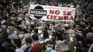 Manifestación de trabajadores de la Nissan, en contra del cierre de sus factorías en Catalunya.