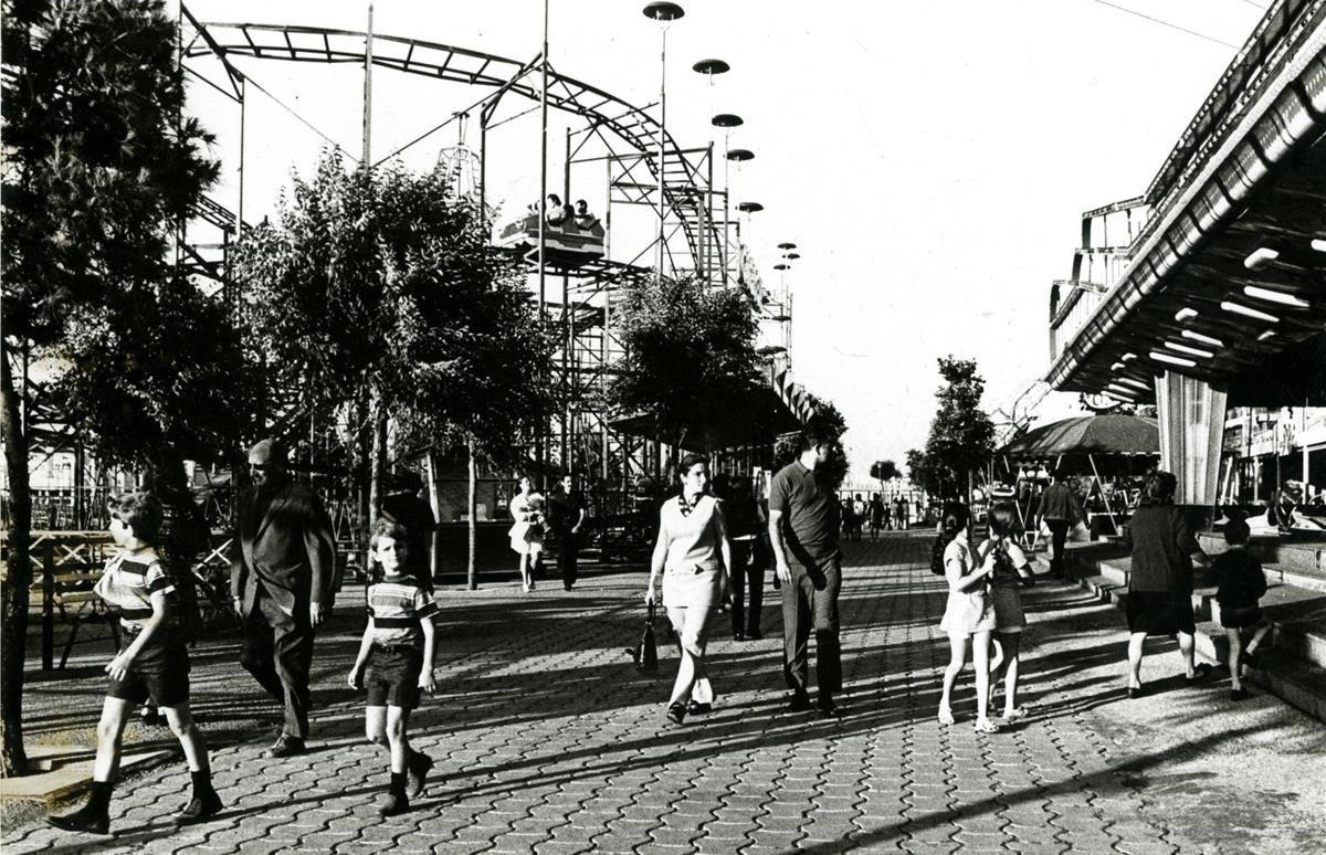 Parque de Atracciones de Montjuïc, 1971.