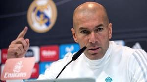 Zidane, durante la rueda de prensa de este viernes en Valdebebas.